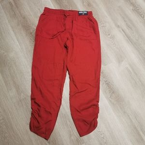 NWT Hollister high rise Joggers